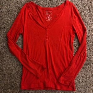 GAP v-neck Henley